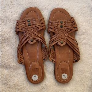 Frye Sandals- NEW! Size 7 leather.